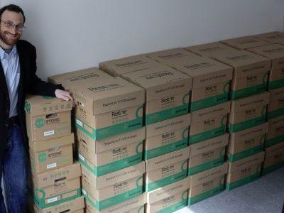 Daniel Cesarani with his father's books