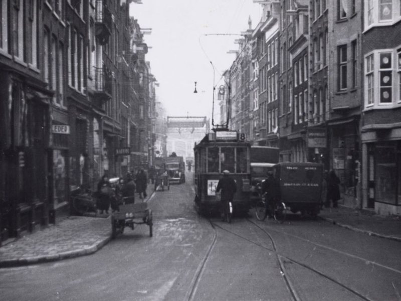 Black and white photograph of Weesperstraat, Amsterdam